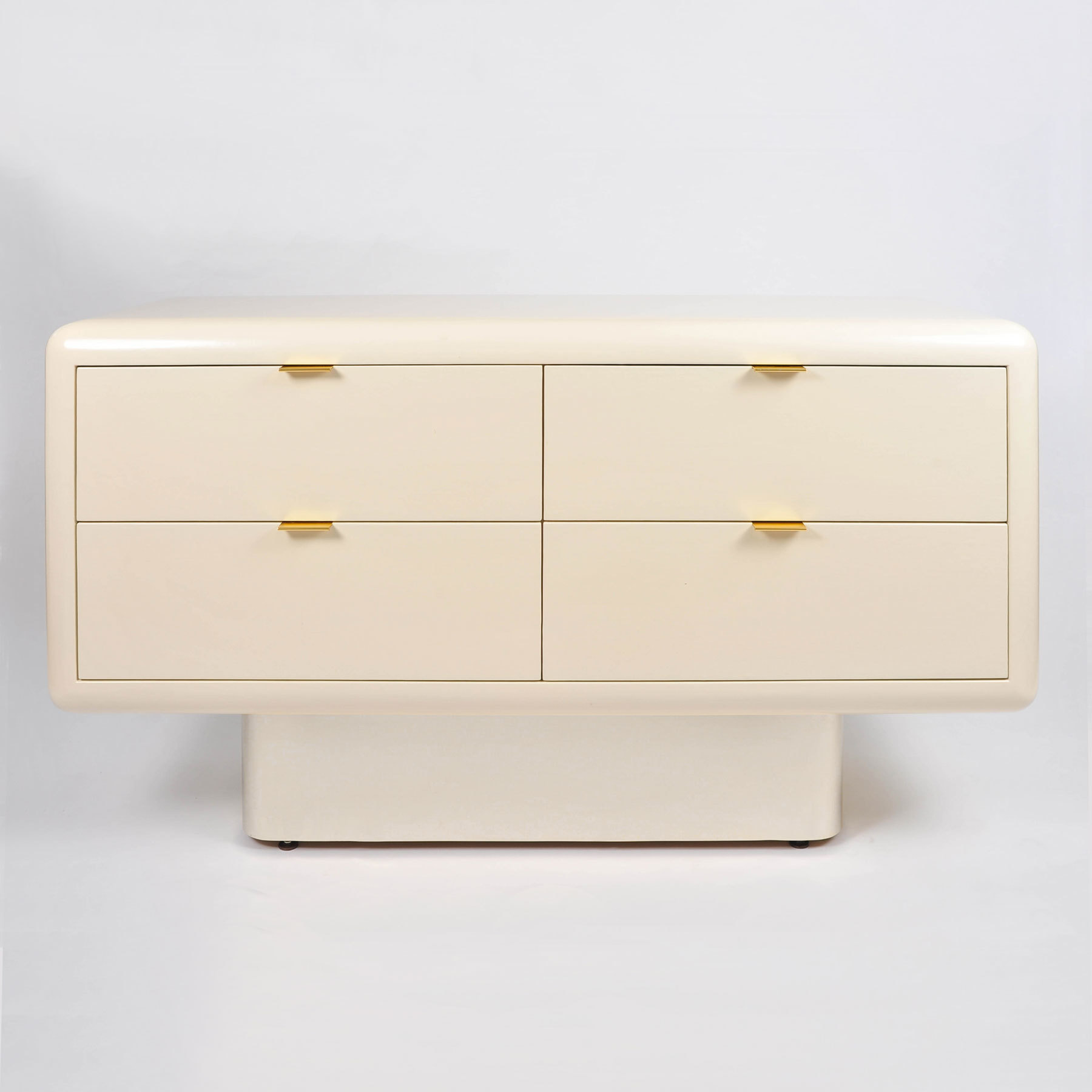 Steve Chase Chest Of Drawers 01
