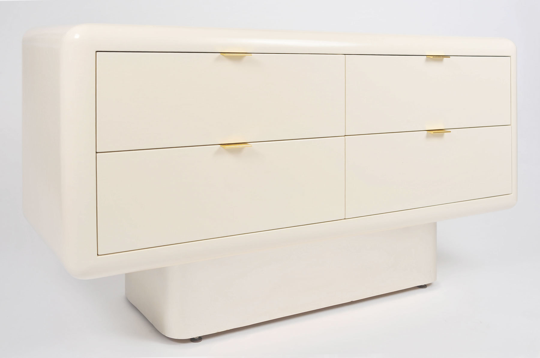 Steve Chase Chest Of Drawers 02