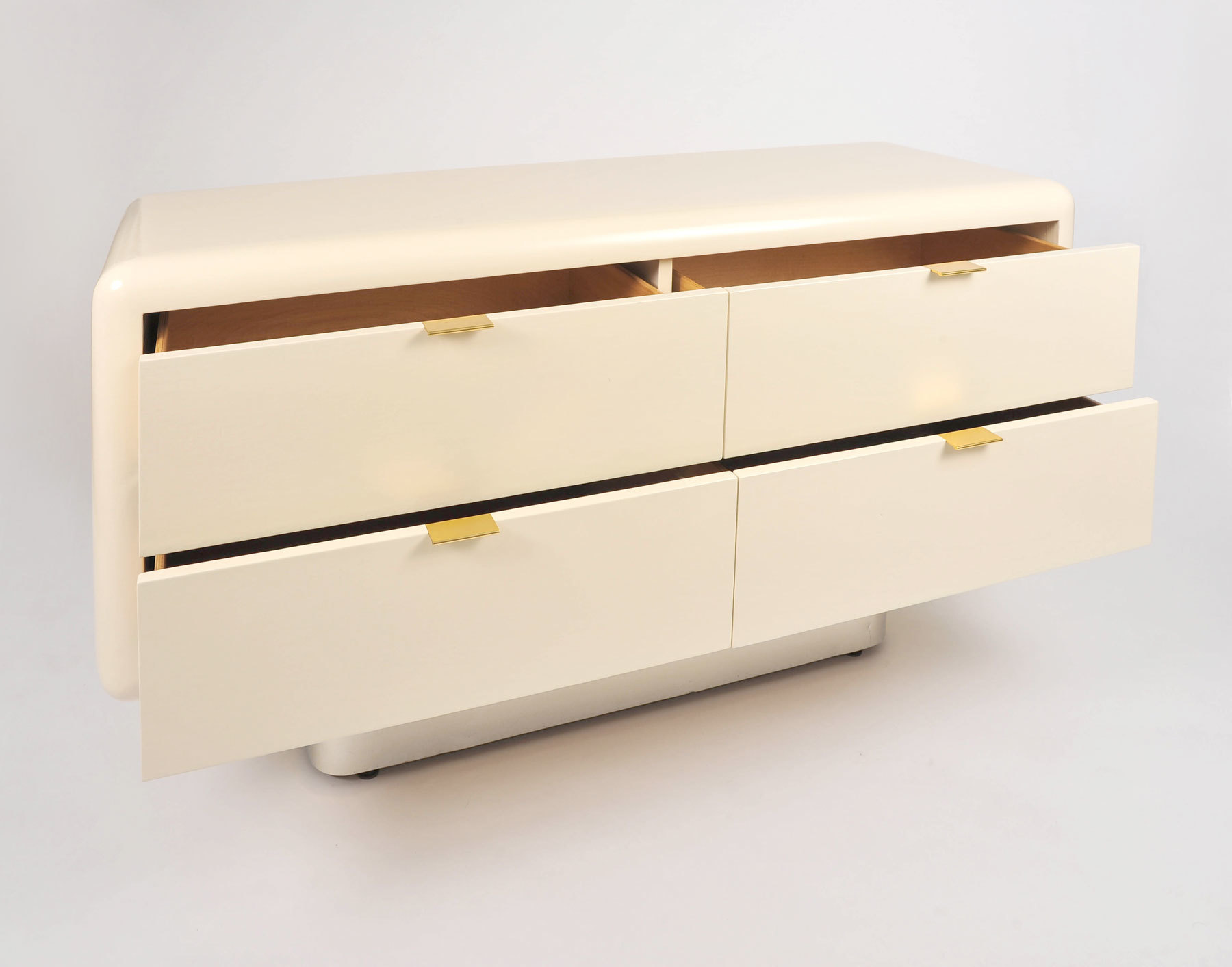 Steve Chase Chest Of Drawers 03