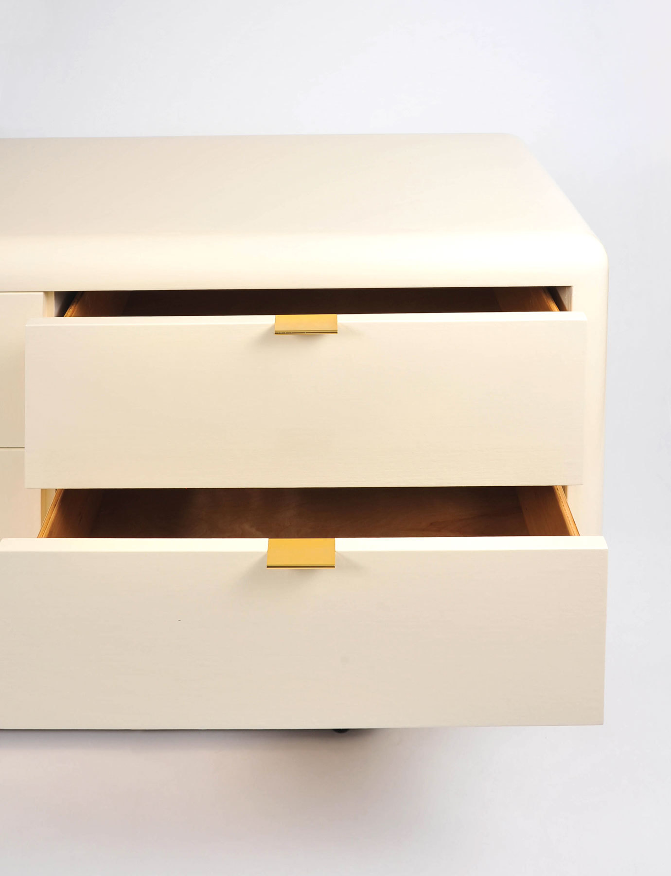 Steve Chase Chest Of Drawers 05