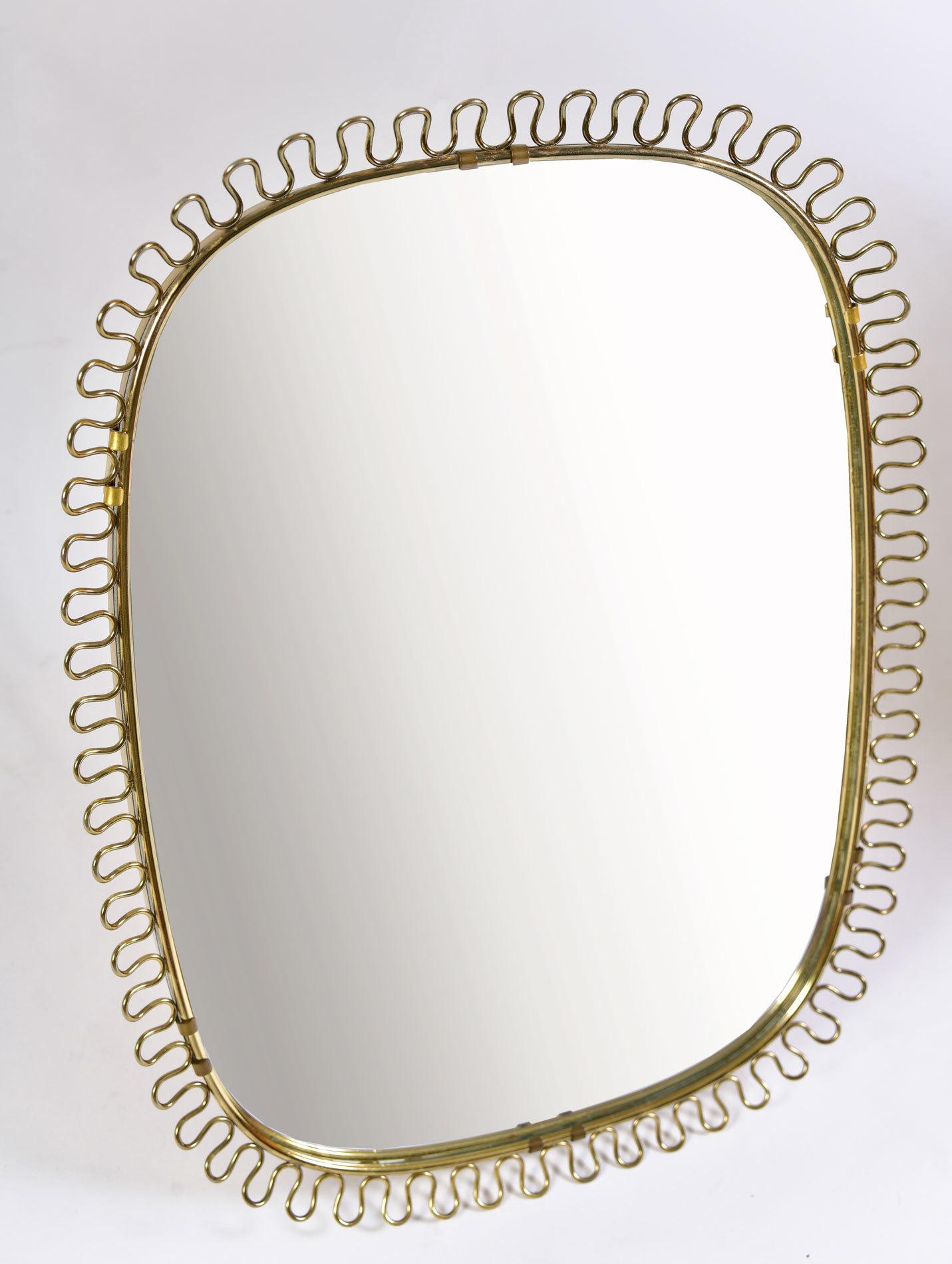 Twirl Brass Wall Mirror 02