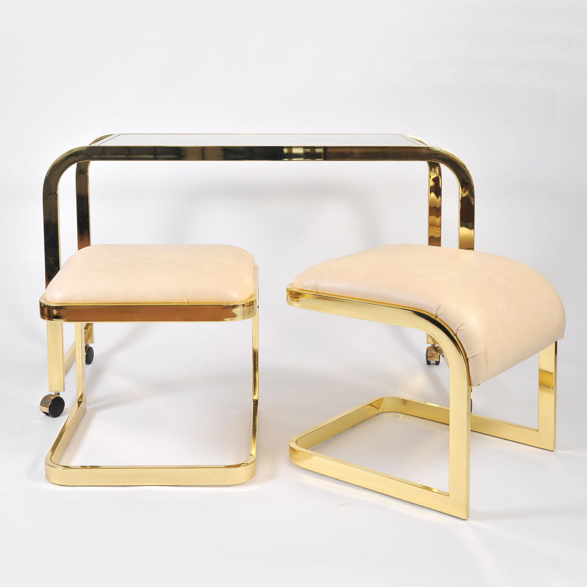 Us Brass Desk And Stools 01