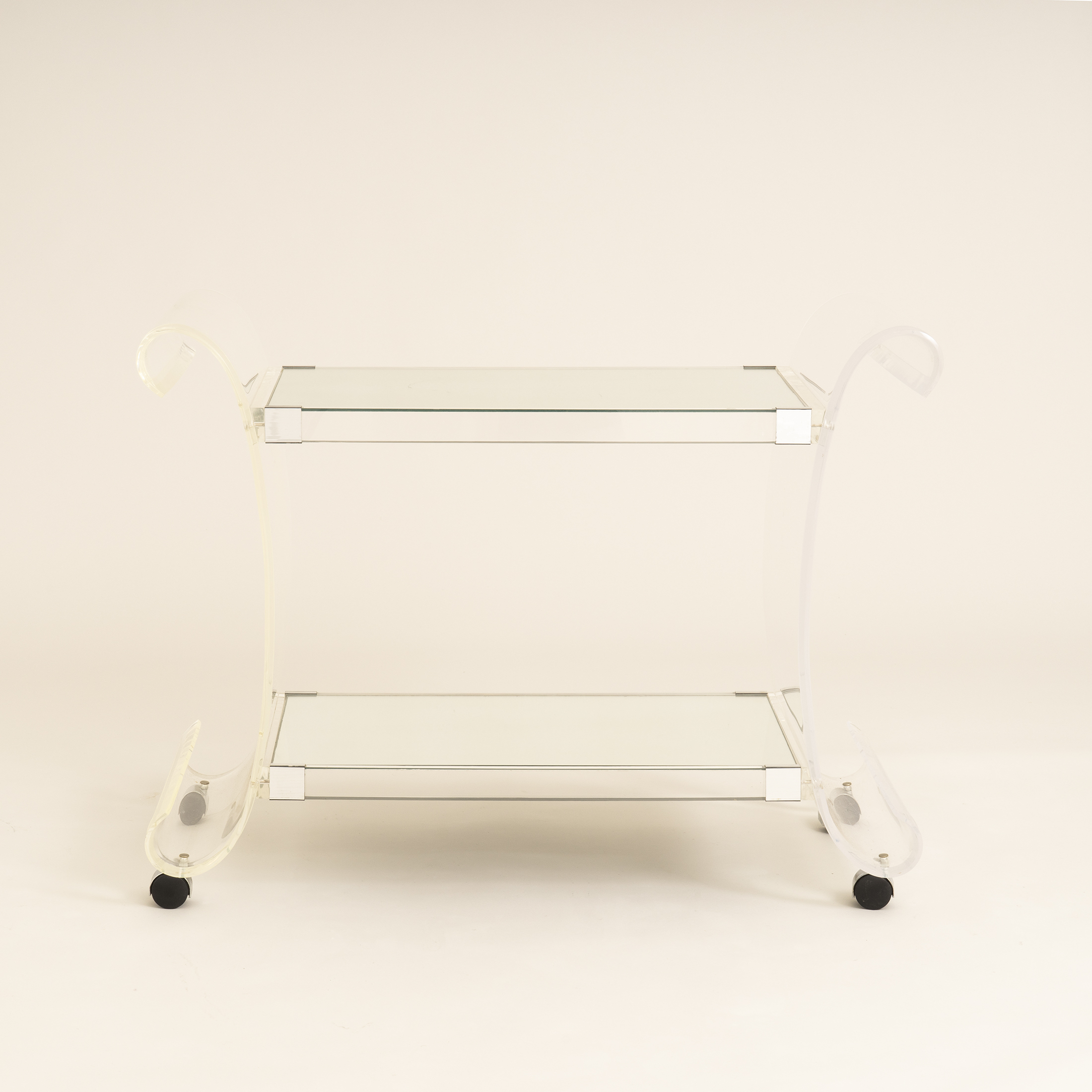 Us Lucite Trolley 0267