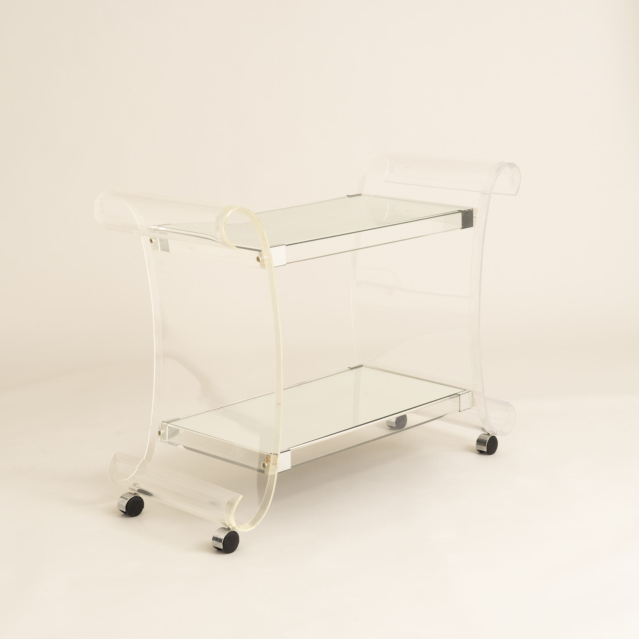 Us Lucite Trolley 0581