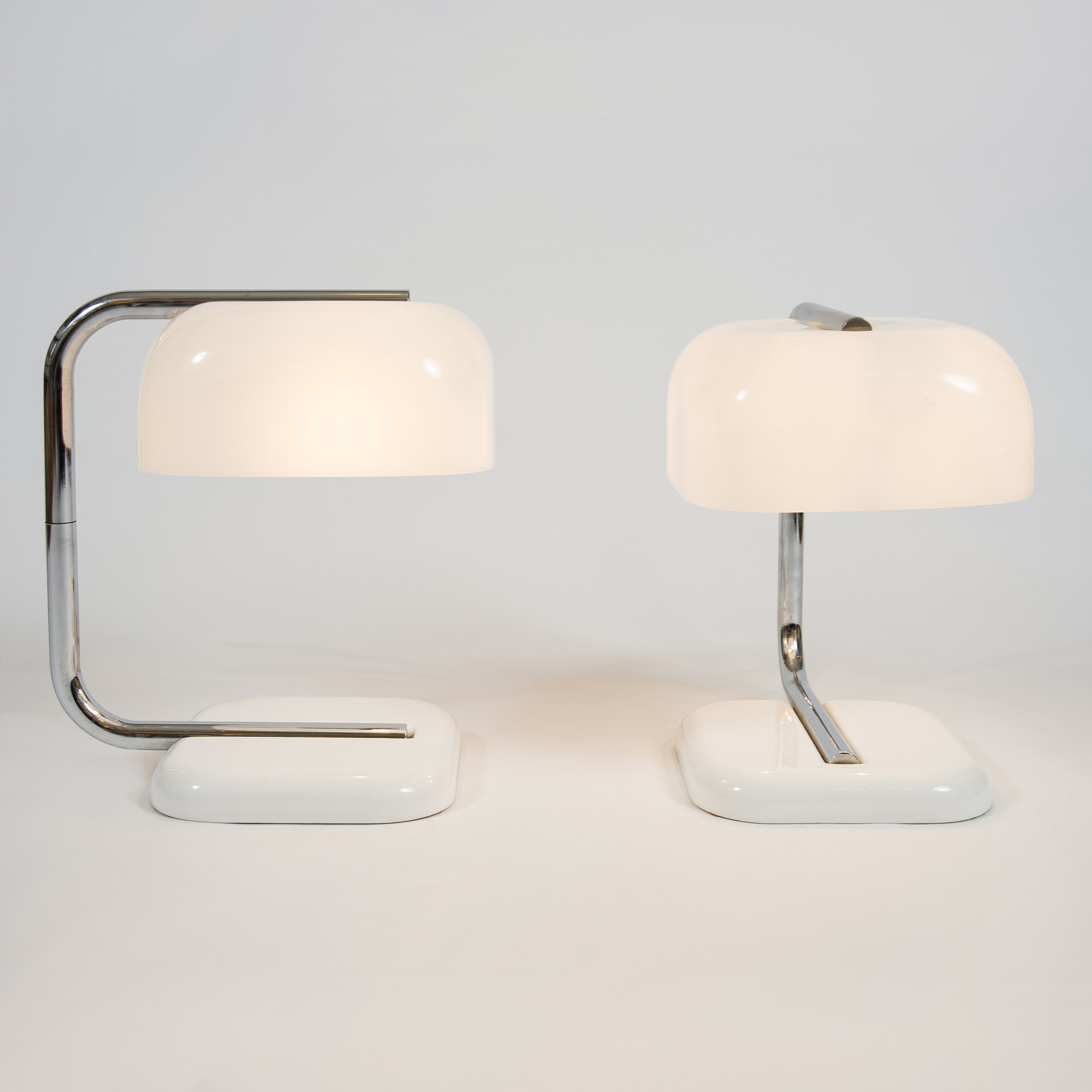 The image for Valerie Wade 1950S Chrome White Lamps –02
