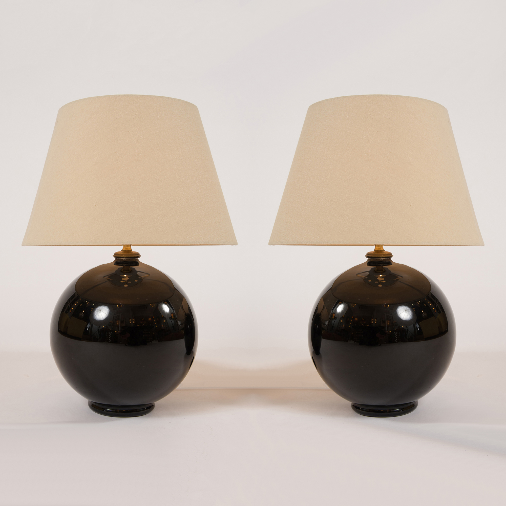 The image for Valerie Wade Italian Glass Ball Lamps –04