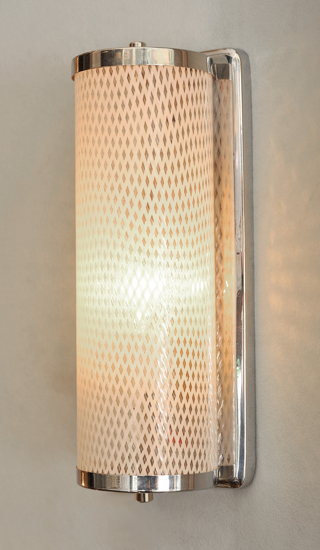 Valerie Wade Lattice Wall Lights 02