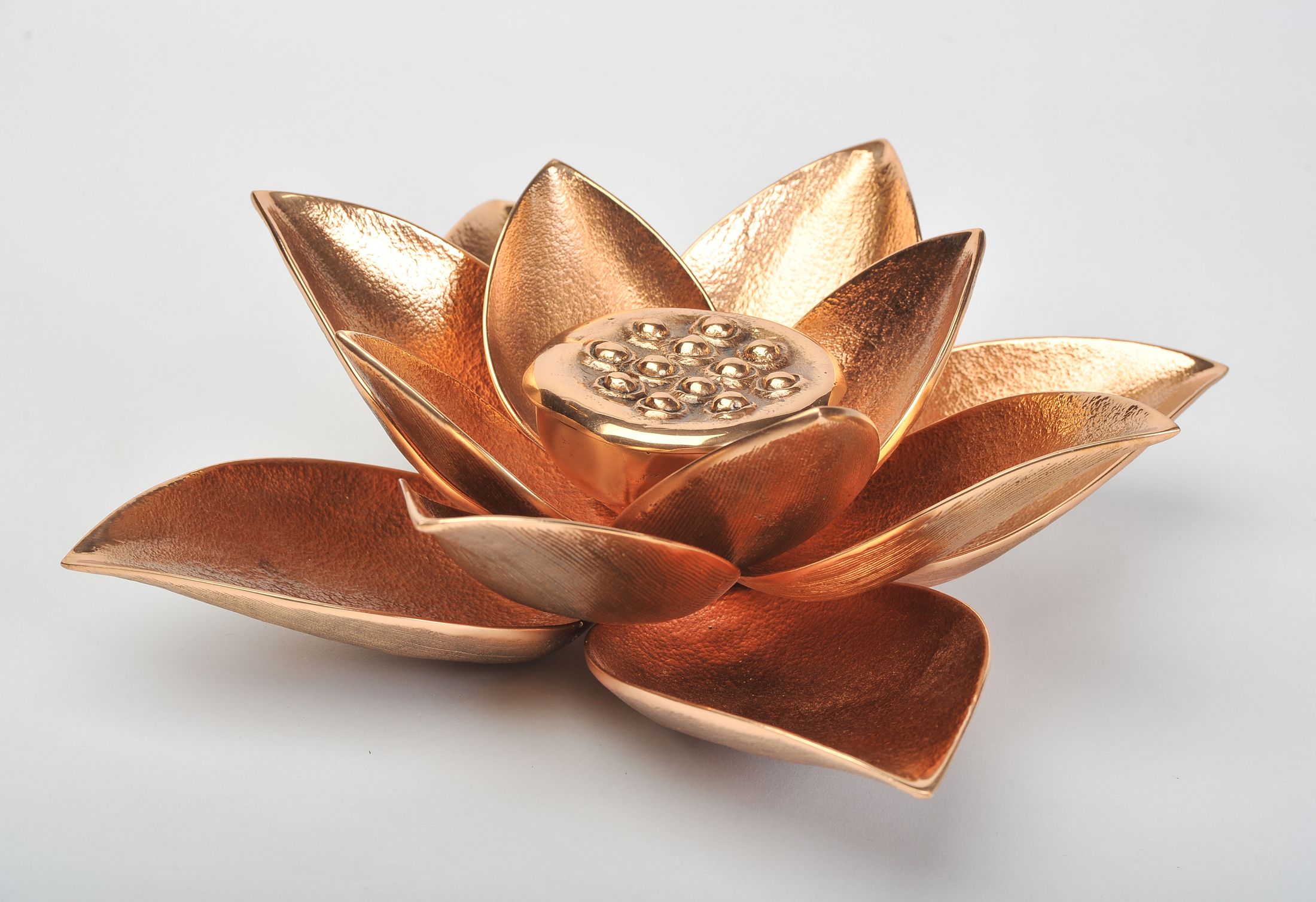 The image for Valerie Wade Cast Broze Lotus Candle 03