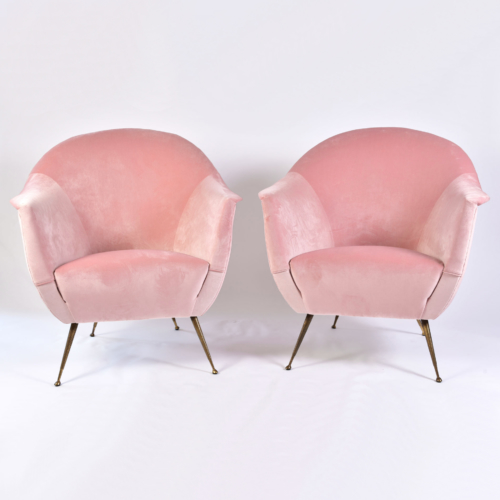 Pink Velvet Armchairs And Pouf 02