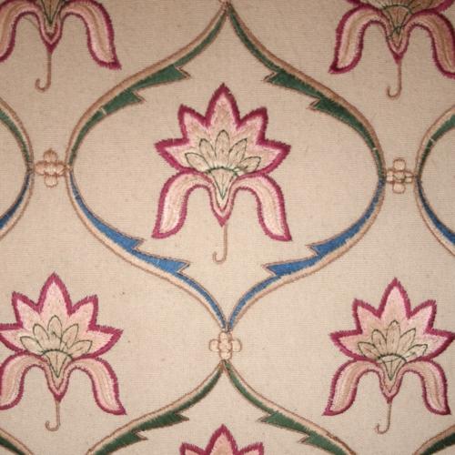 Valerie Wade Ams565 Mughal Flowers Garlands 01