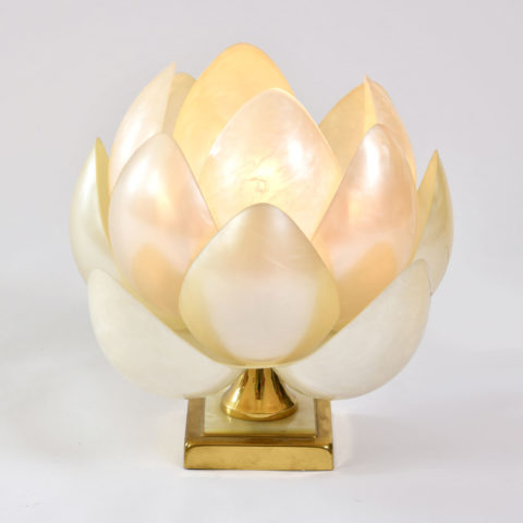 Full Bloom Lotus Lamp 01