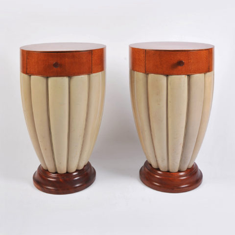 Pair Art Deco Sidetables 01