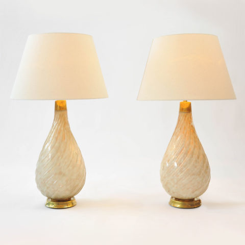 Pair Teardrop Lamps 01
