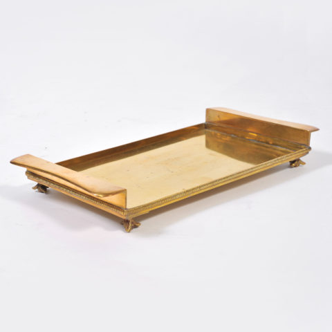 Rectangular Bras Tray On Feet 01