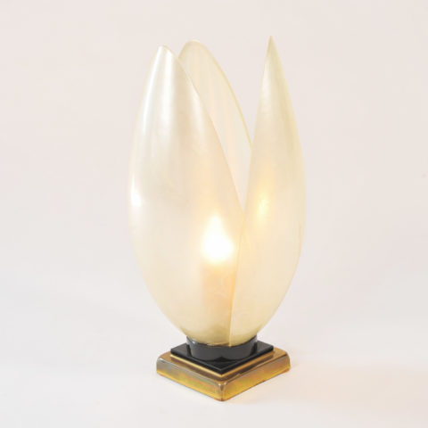 Single White Lotus Lamp 01