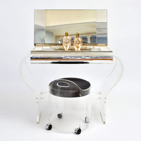Valerie Wade Fdt597 1950S American Lucite Dressing Table 01