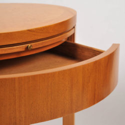 The image for Pair Oval Bedside Tables 04 Vw