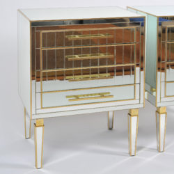 The image for Pair Of Mirrored Chests 03 Vw