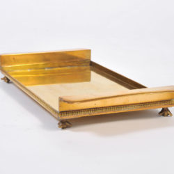 The image for Rectangular Bras Tray On Feet 02