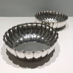 The image for Three Silver Bowls 03