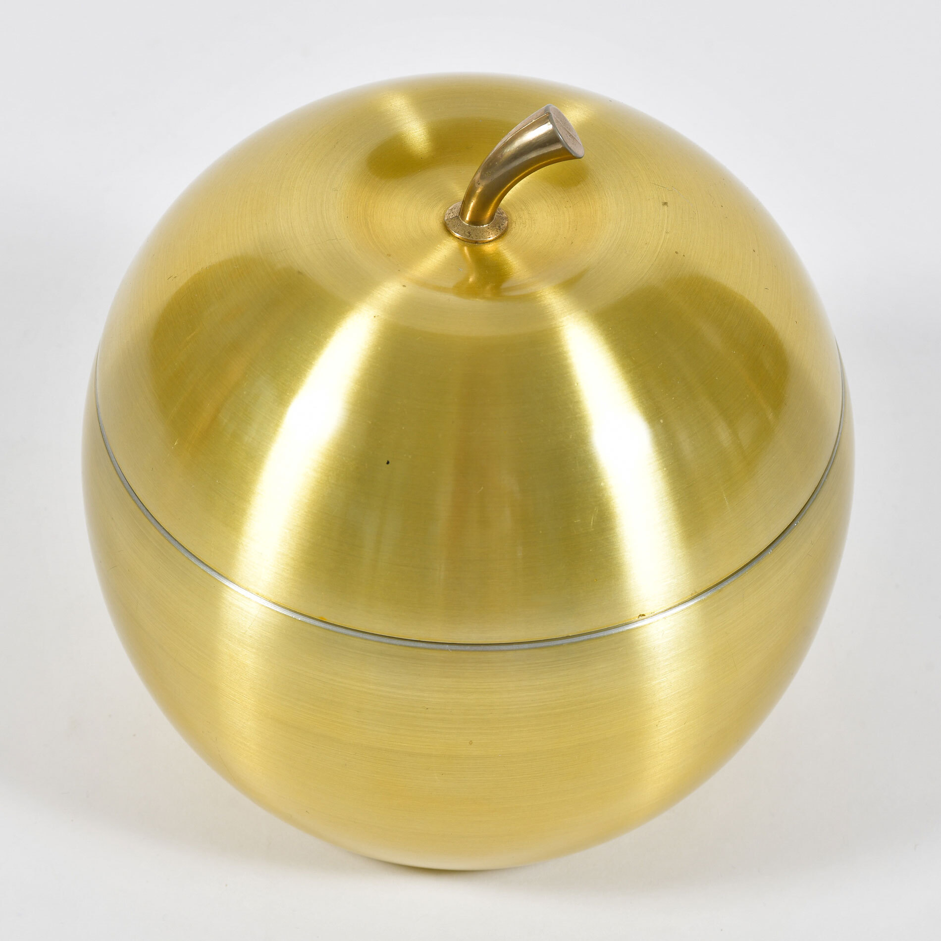 The image for Apple Brass Ice Bucket 02