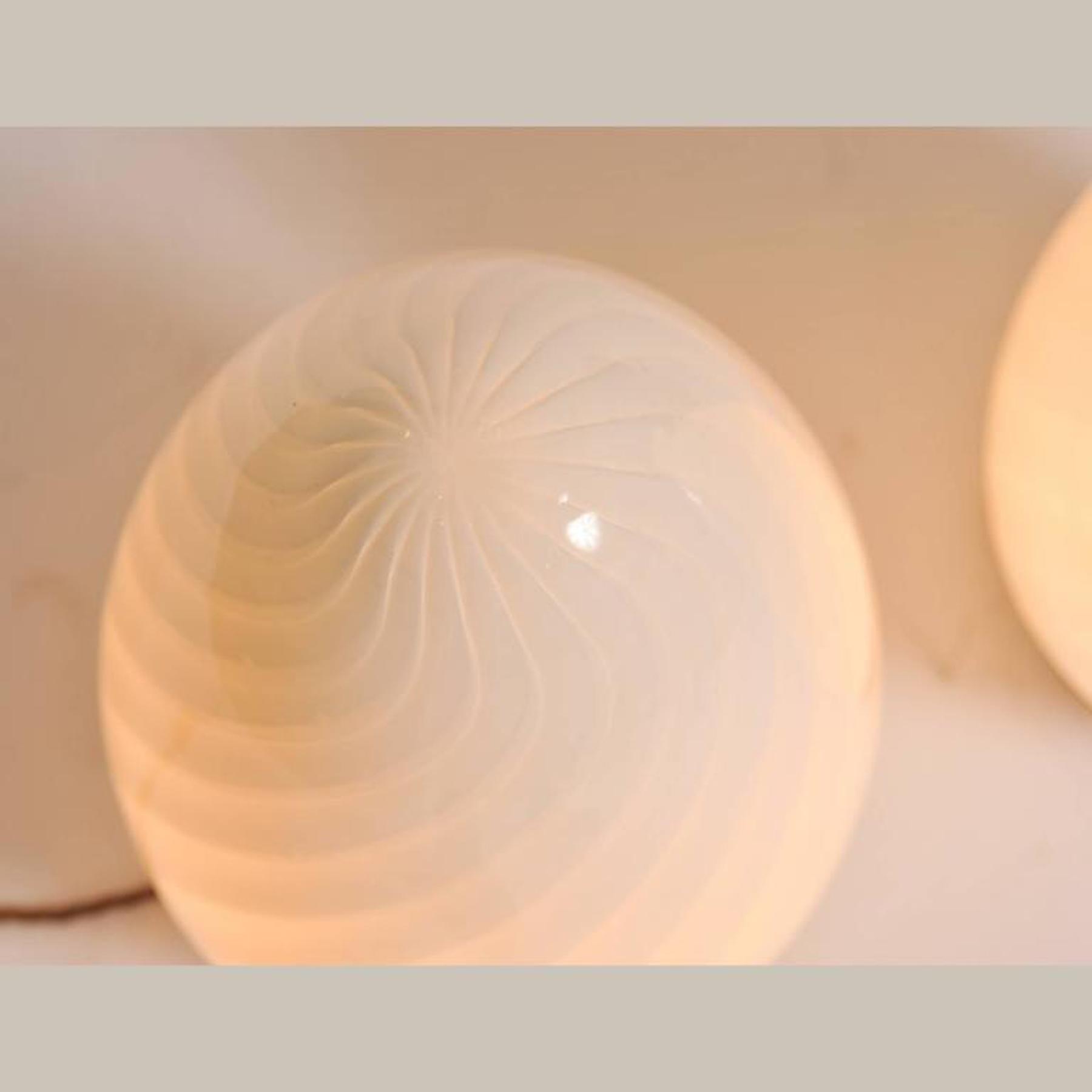 Egg Lights 02 L
