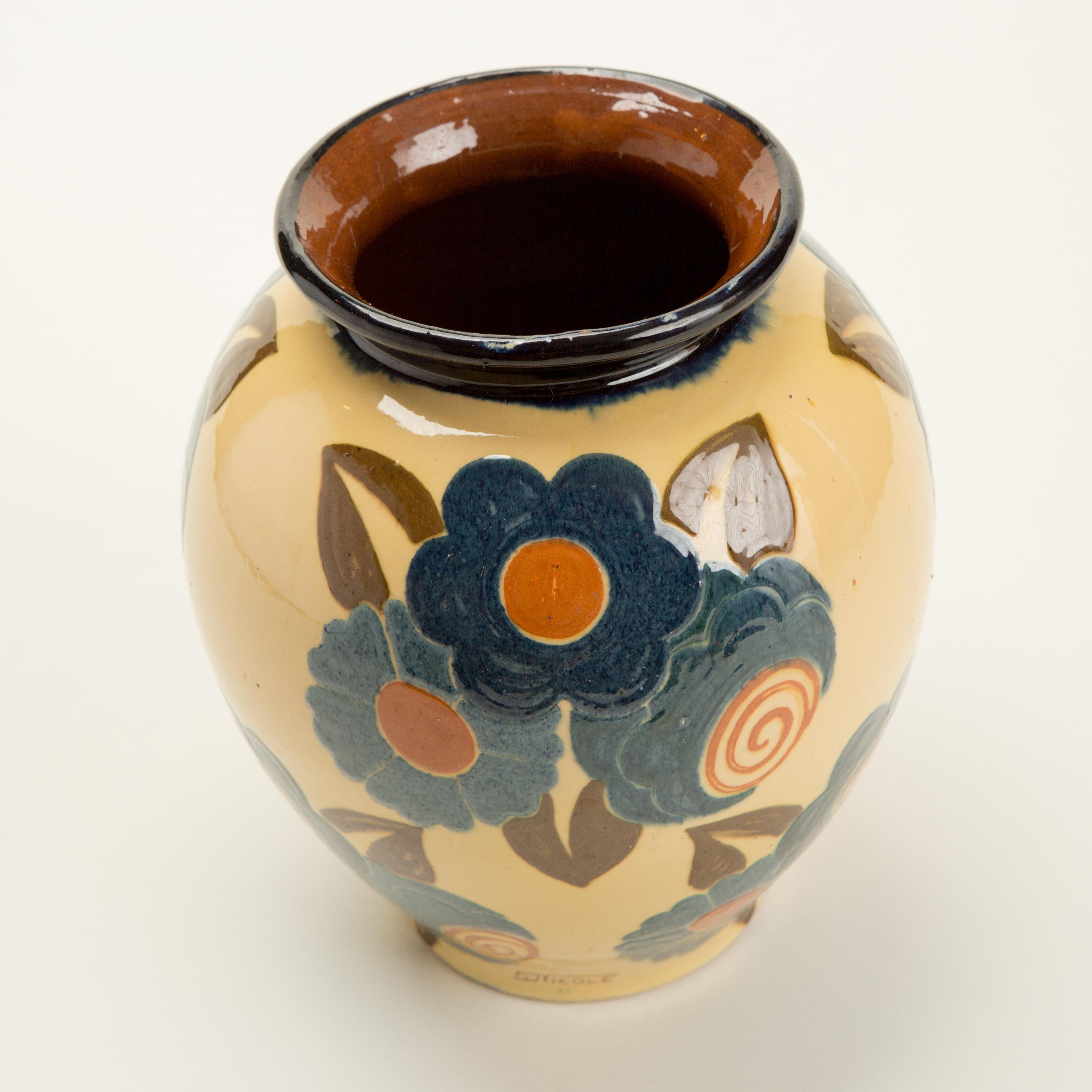 Ceramic Flower Vase 4