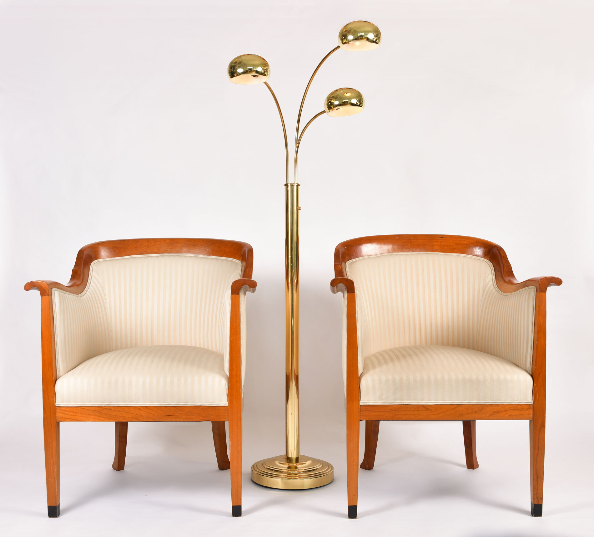 Pair Armchairs 02