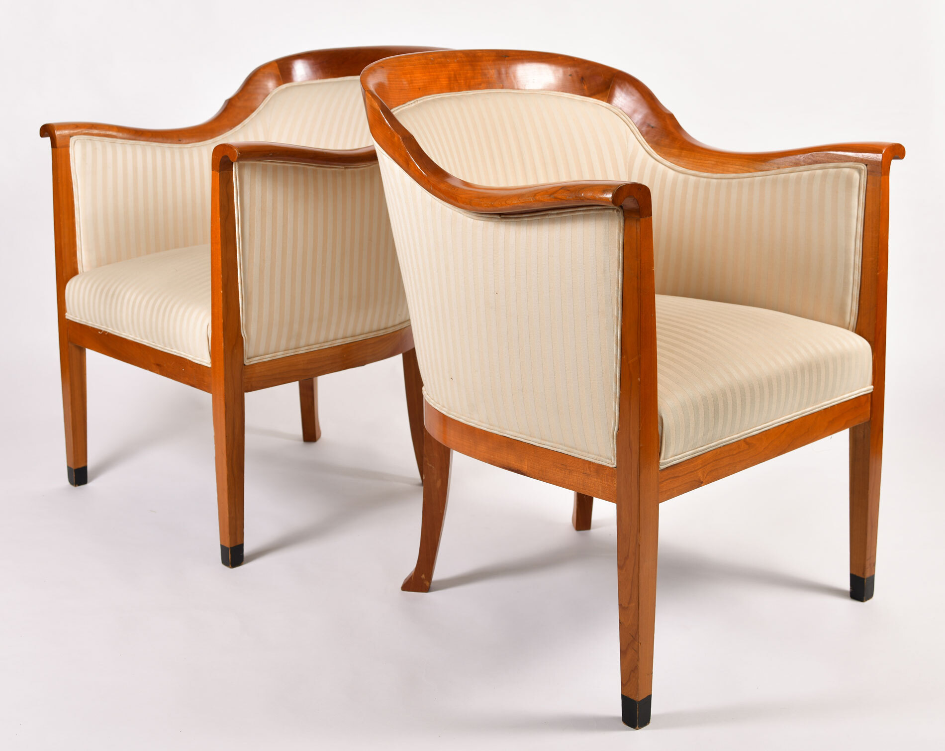 Pair Armchairs 04