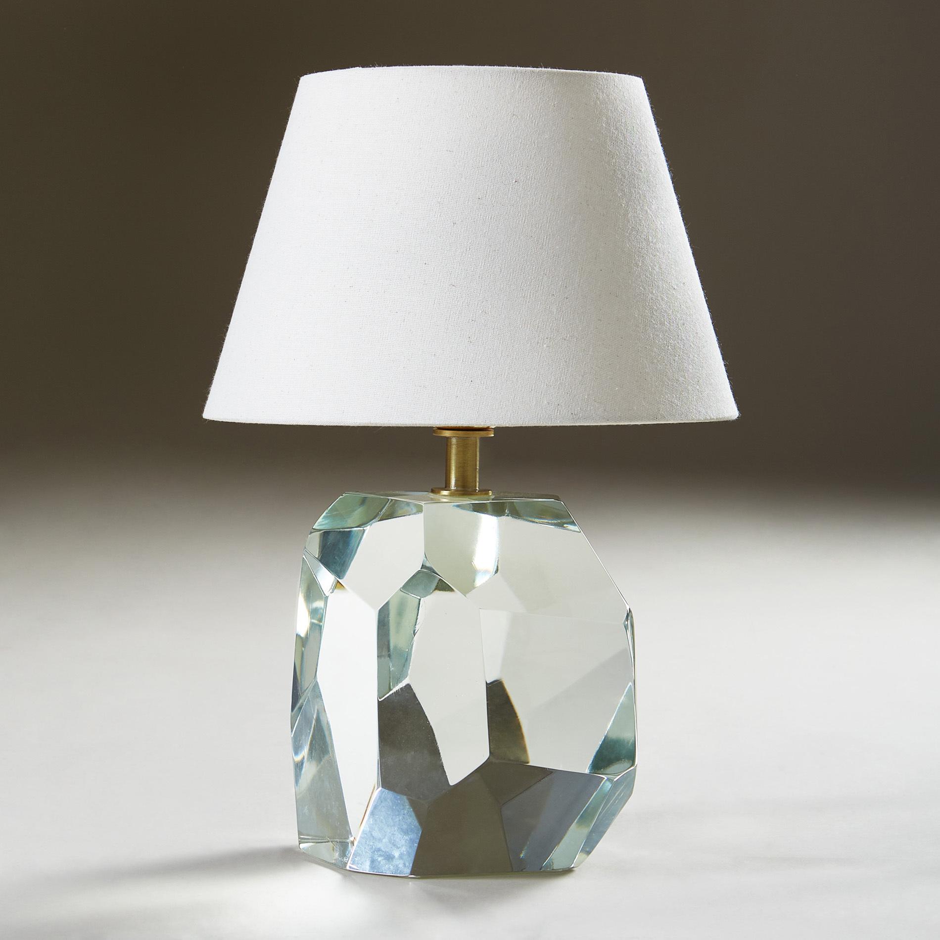 Clear Rock Lamp 245 V1