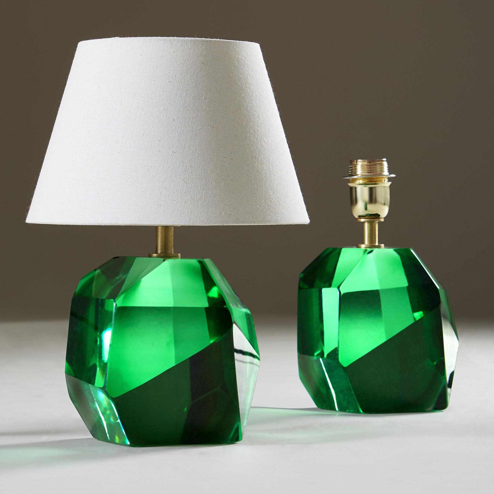 Emerald Green Rock Lamp 20210225 Valerie Wade 2 218 V2