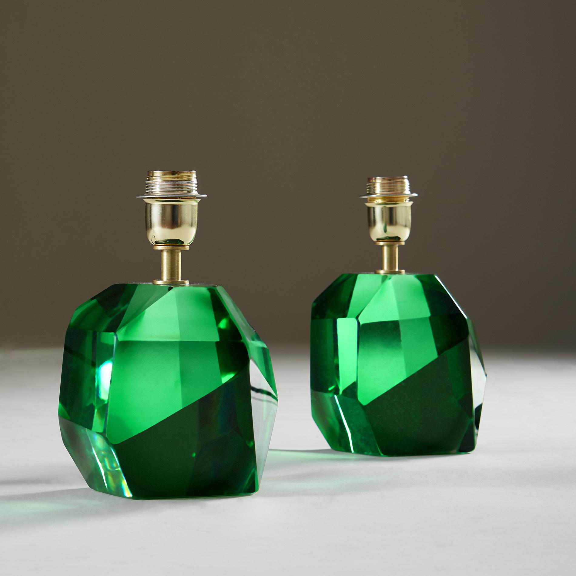 Emerald Green Rock Lamp 20210225 Valerie Wade 2 220 V1