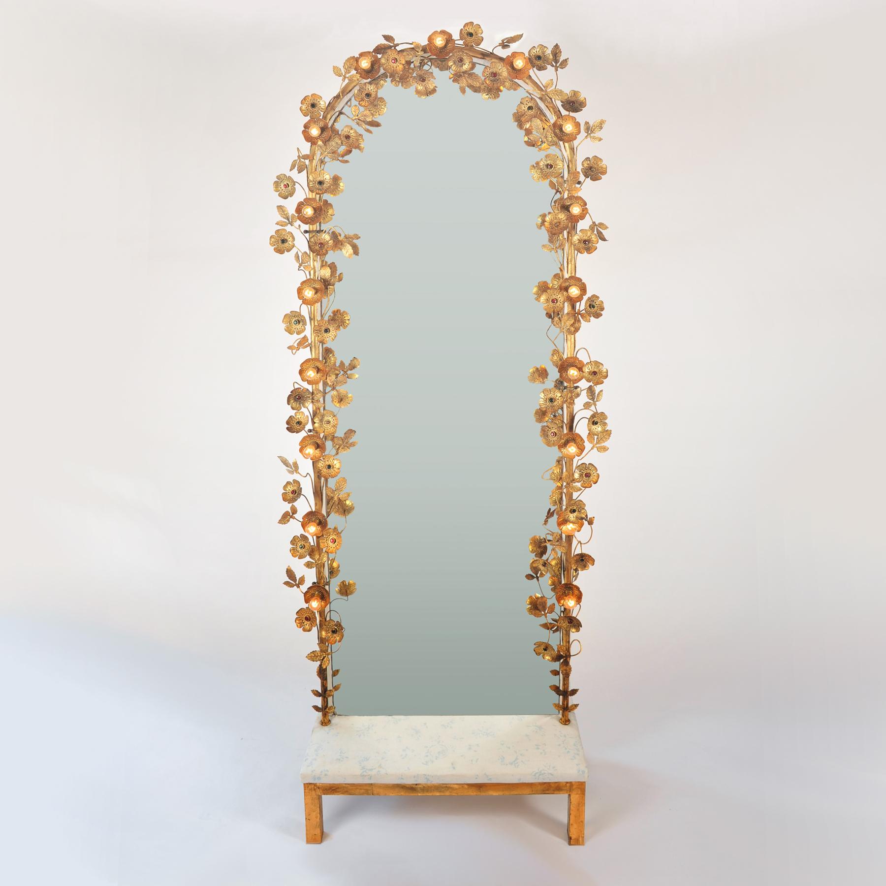 Tarts Mirror Main Image