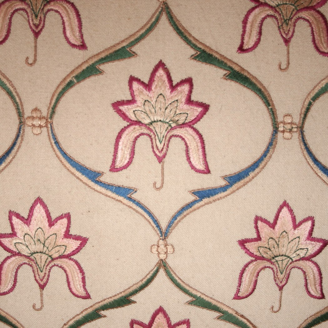 The image for Valerie Wade Ams565 Mughal Flowers Garlands 01
