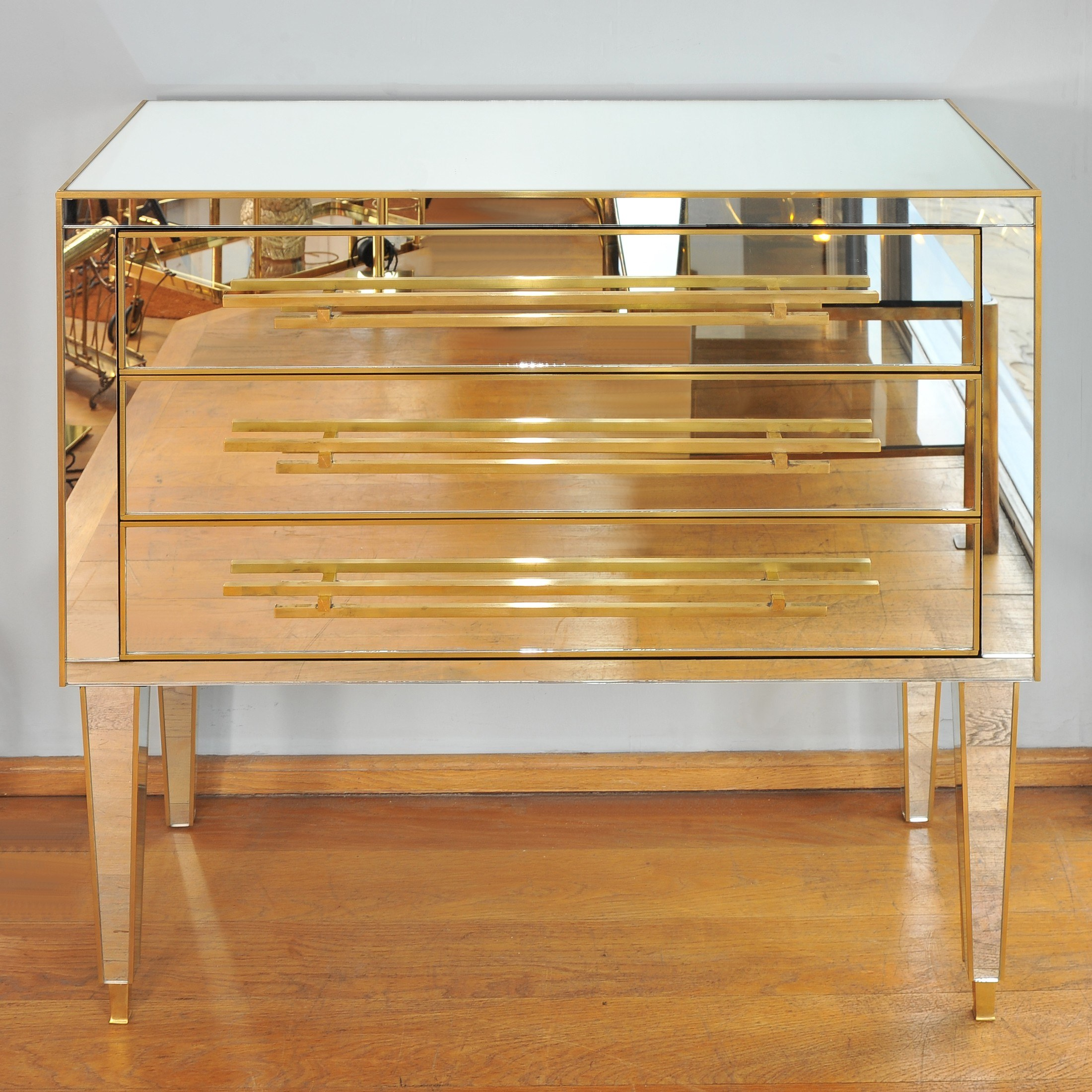 The image for Valerie Wade Fc661 1970S Italian Mirrored Chest Drawers 01