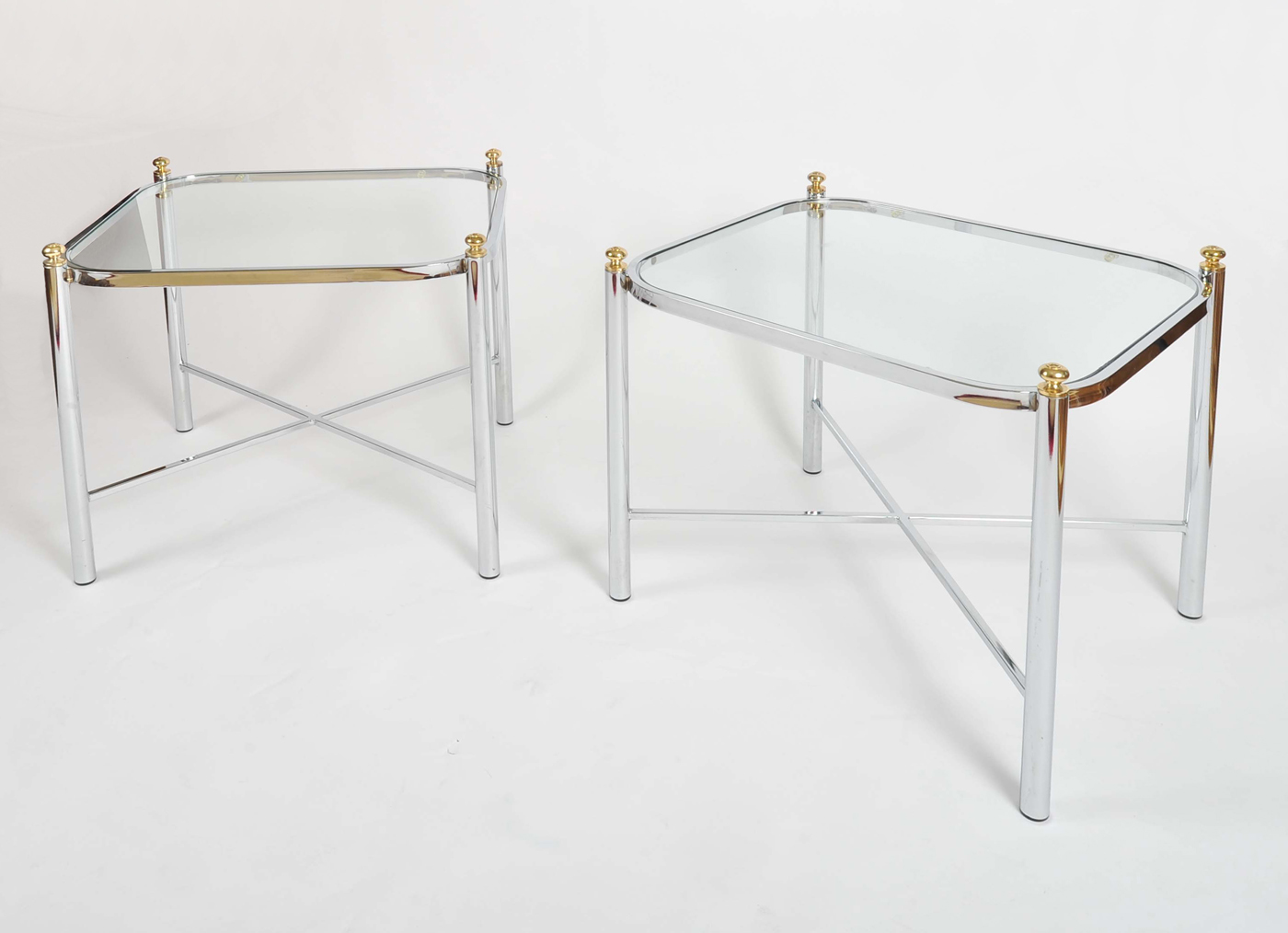 Valerie Wade Ft578 Pair 1970S Chrome Brass Sides Tables02