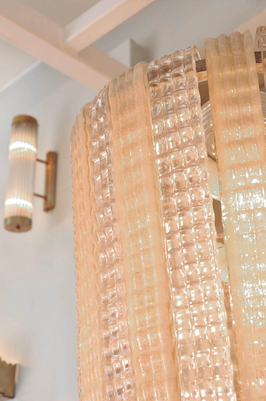 The image for Valerie Wade Lc631 1950S Italian Pink Glass Chandelier 03